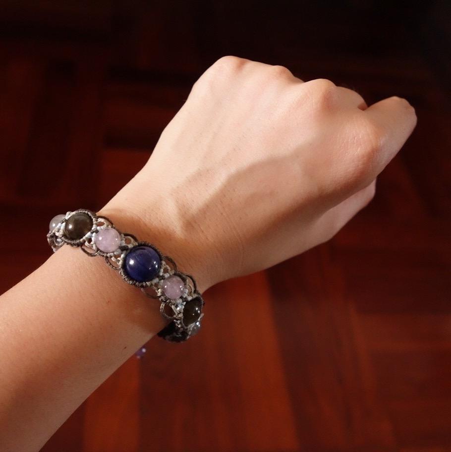 カイヤナイト&アメジスト&ラブラドライトの天然石ブレスレット