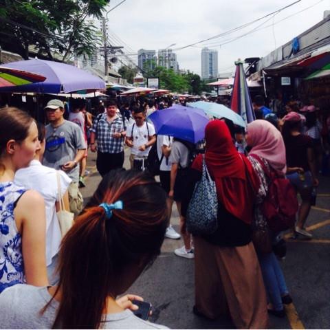 バンコクの市場で世界一周気分1