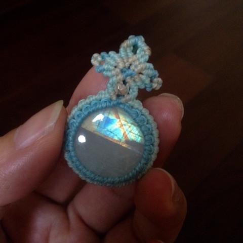 マクラメのフレーム編み2