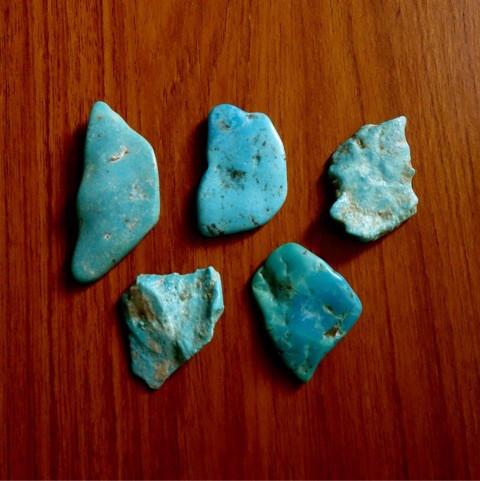 ラフカットの天然石ルース7