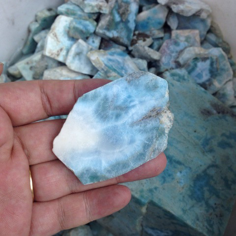 ラリマーの原石を磨いてみた!1