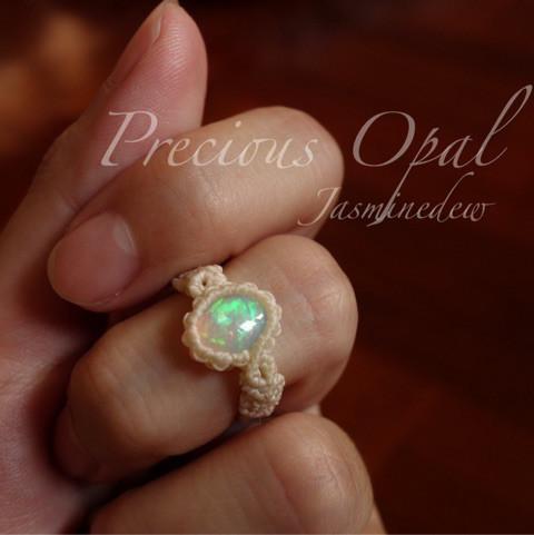 オパールのマクラメ指輪1