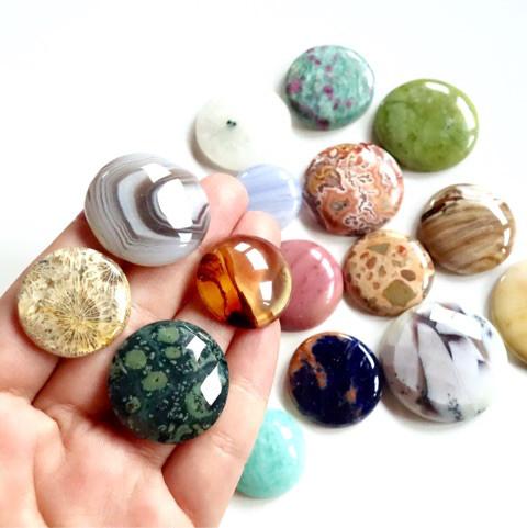 惑星みたいな天然石たち2