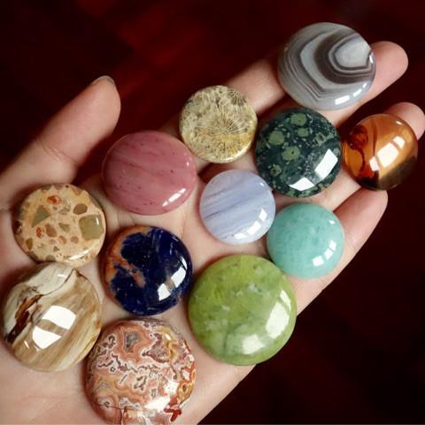 惑星みたいな天然石たち3